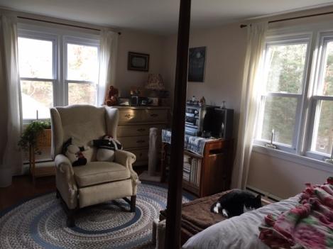 bedroom - Livy 12-9-18 - 2