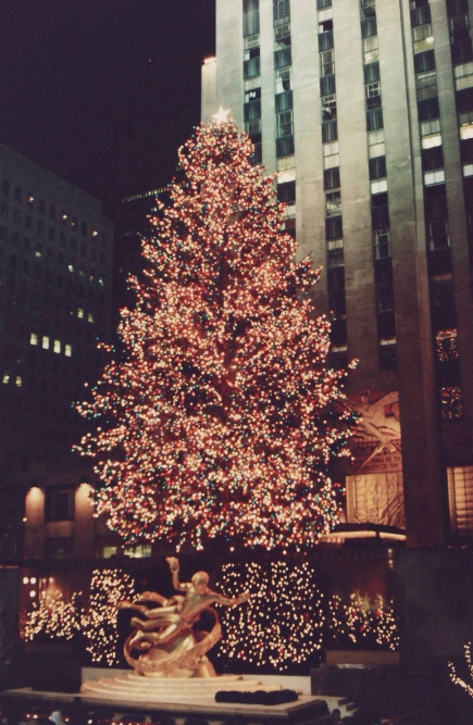 Rockefeller_Center_Tree (1)