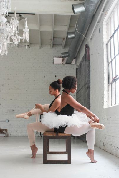 ballerinas putting on shoes
