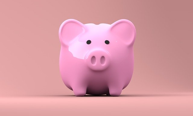 piggy bank - Quince Creative on Pixabay